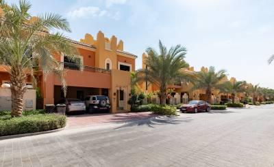 Аренда Таунхаус Dubai Sports City