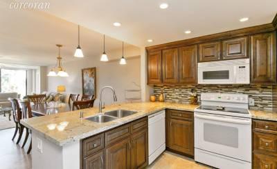 Продажа Апартаменты Lake Worth
