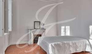Продажа Бастид, типичный южный дом Ventabren