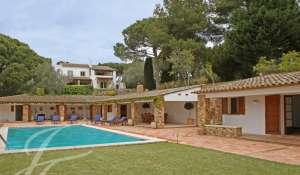 Сезонная аренда Вилла Girona